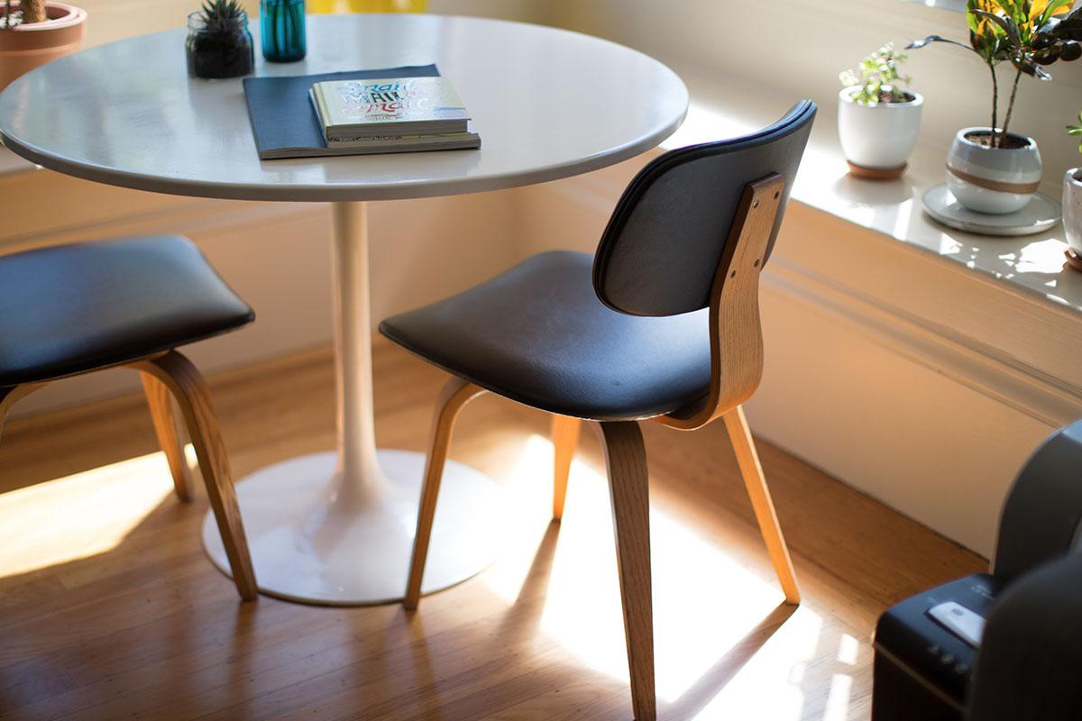 Nep Design Meubels : Bescherming tegen u201cnamaaku201d in de meubelbranche